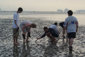High School Students Earn University of Washington Credit in Oceanography